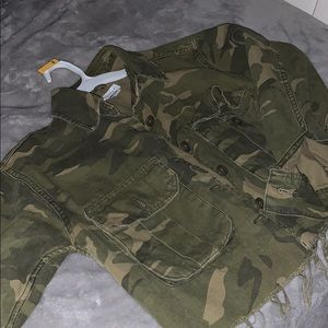 Crop army jacket, only worn twice!